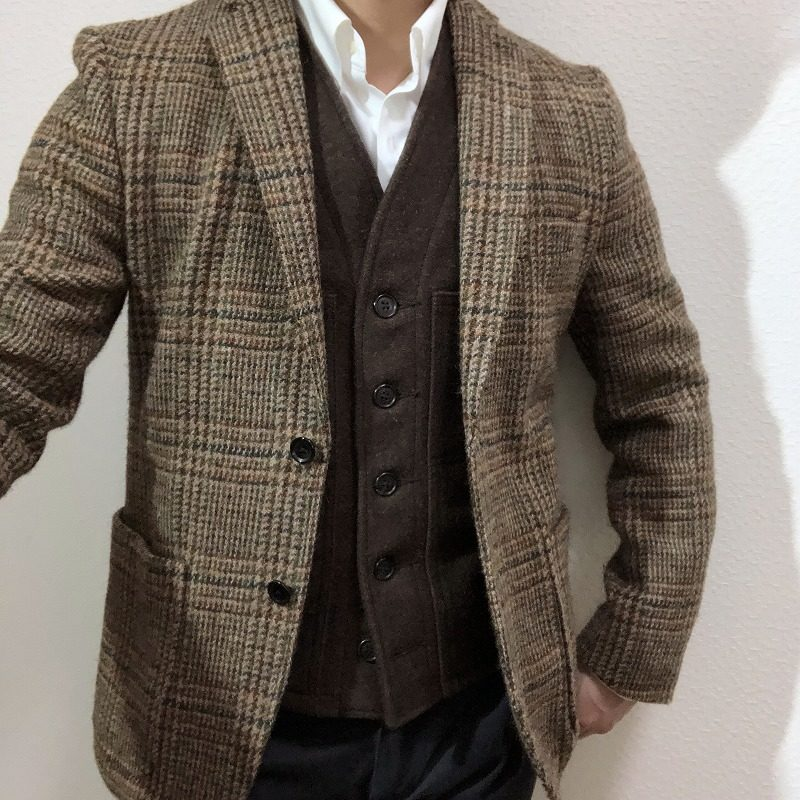シャツベストとハリスツイードのジャケットコーデ